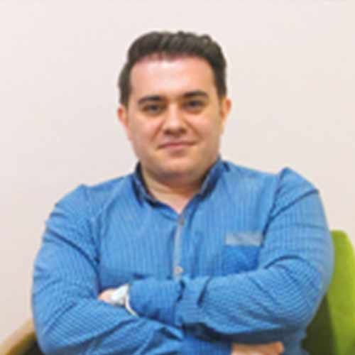 دکتر یاشار پورنبی، روانشناس بالینی